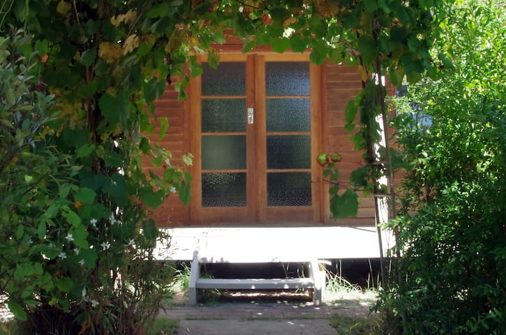 Bush Cottage, Osbornes Flat - Osbornes Flat - House