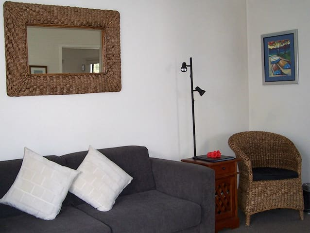 Stylish, Self-contained Motel Units - Snells Beach - Apartamento