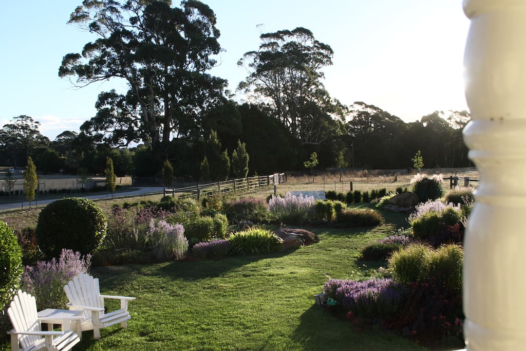 The view of the garden from both rooms