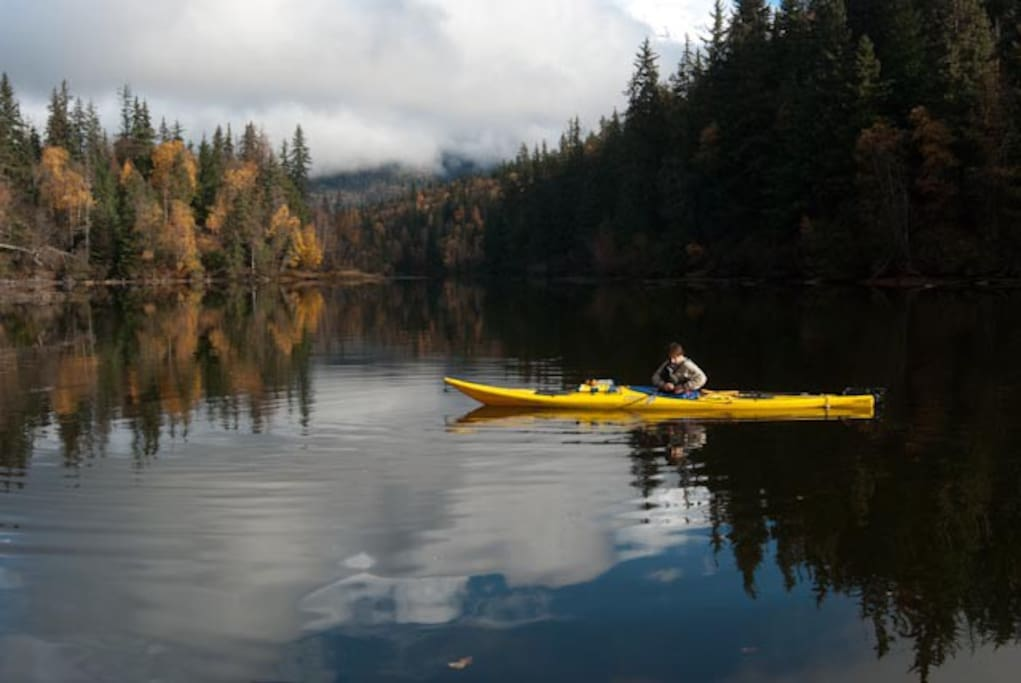Kayking, canoeing, and fishing are all available in the summer