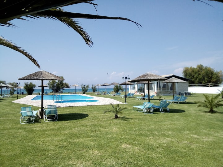 S&C Kosmos beach villa with side sea