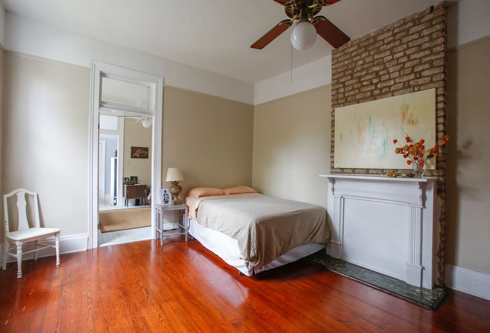 New Orleans Entire Home Apt 1 Bed 2 Guestsperfect For