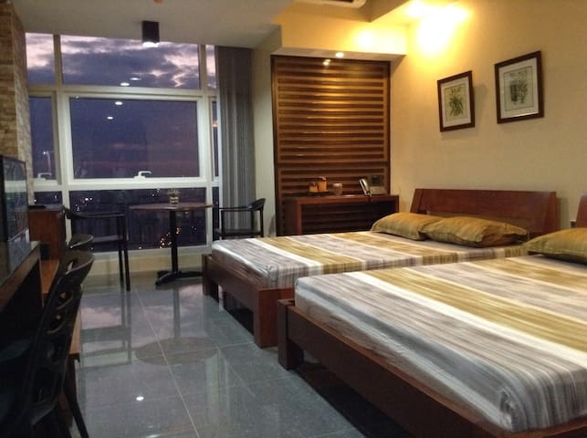 Condo for 4 near SM Megamall - Mandaluyong - Appartement