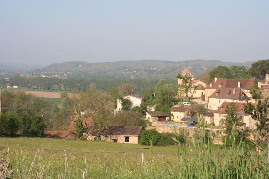La maison et le village de Calès