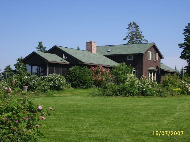 Hill House at Beaver Dam Farm-Antigonish