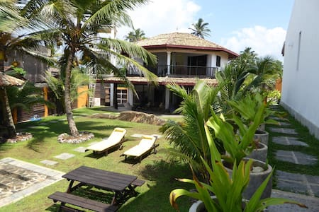 The Cabanna........with beach! - Unawatuna  Galle
