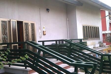 VILLA MICHELI GUESTHOUSE - Atri - Villa