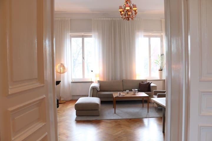 Modern apartment in city center historic building - Stockholm - Appartement