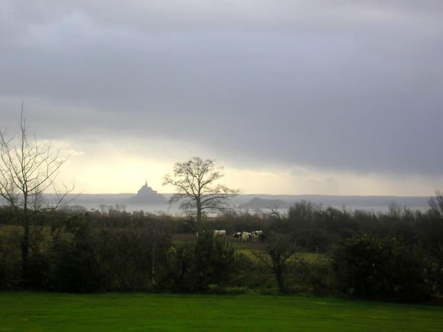 Gite avec vue sur le Mont St Michel