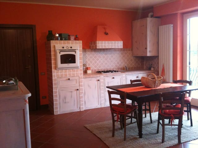 Comfortable flat in a Golf Club - Fubine - Apartamento