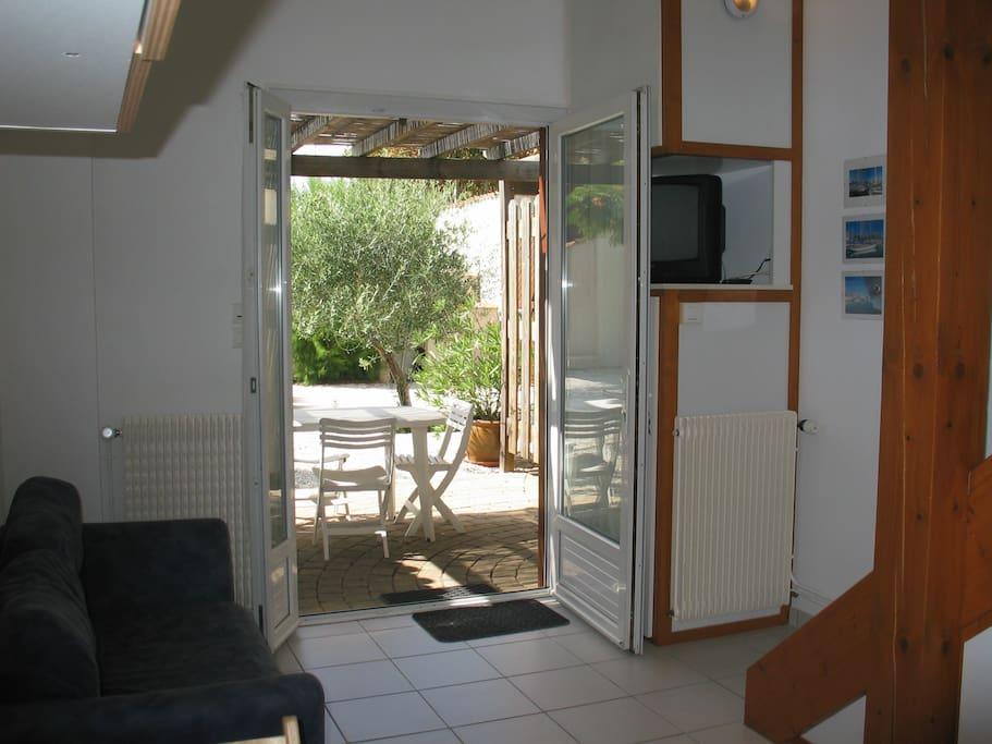 Logement agréable avec terrasse