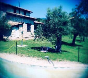 casale in pietra con piscina - San Giorgio