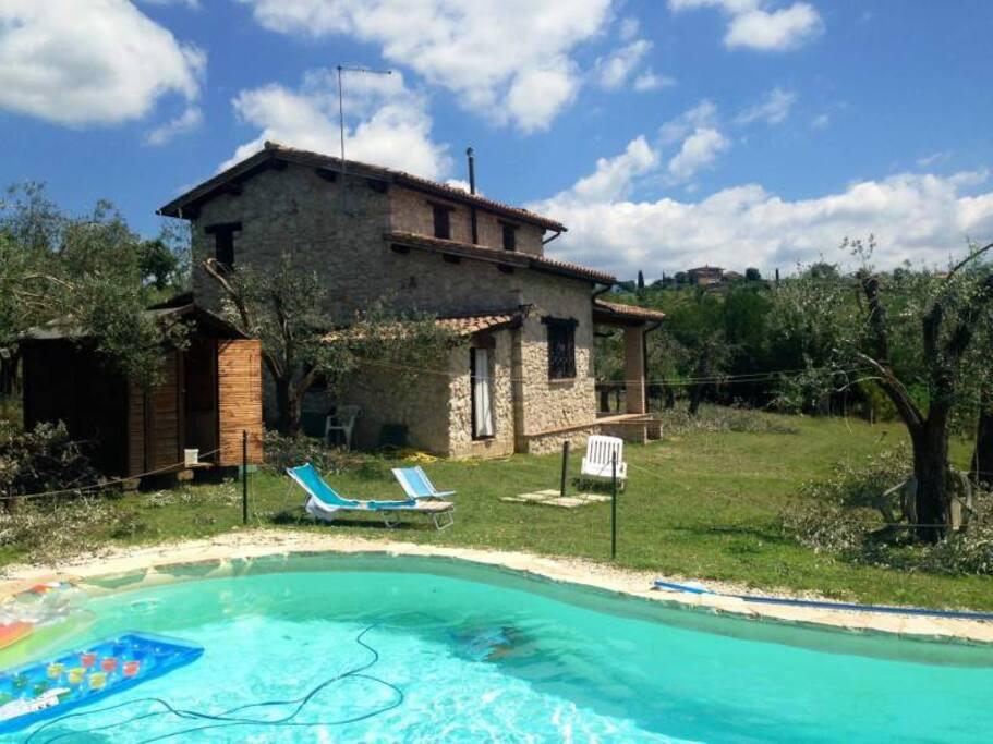 Casale in pietra con piscina ville in affitto a san - Piscina san giorgio jonico ...