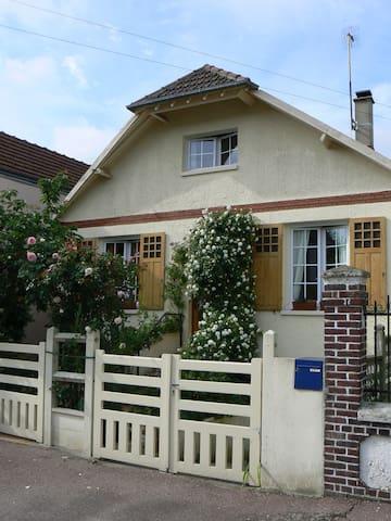 Maison avec jardin - Le Petit-Quevilly - Talo