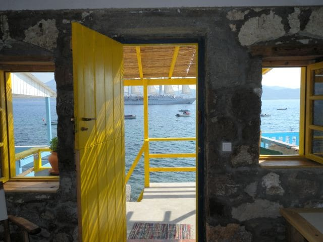 The Yellow Boat House - Milos - บ้าน