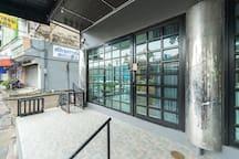 Studio with Lift near MRT Rama9/Airport Link 1