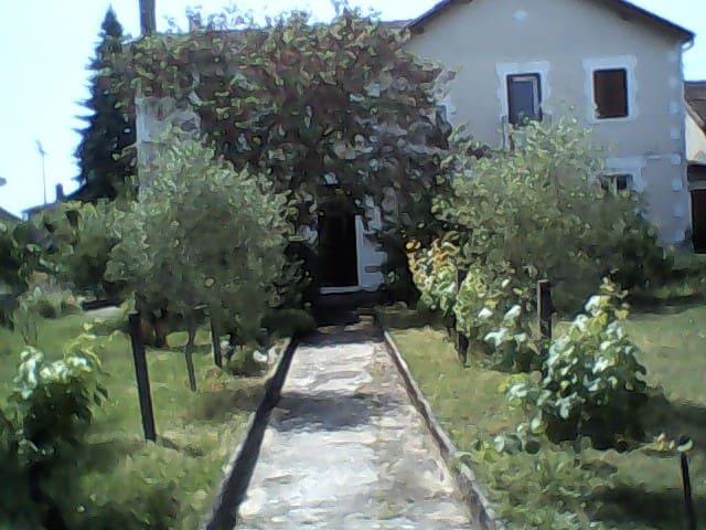 Maison proche centre Bergerac