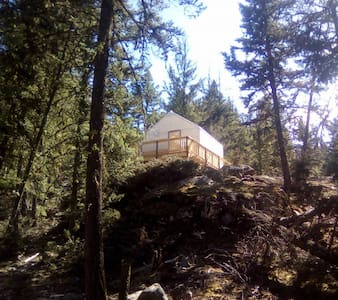 1 Cliff House - Ashcroft - Tent