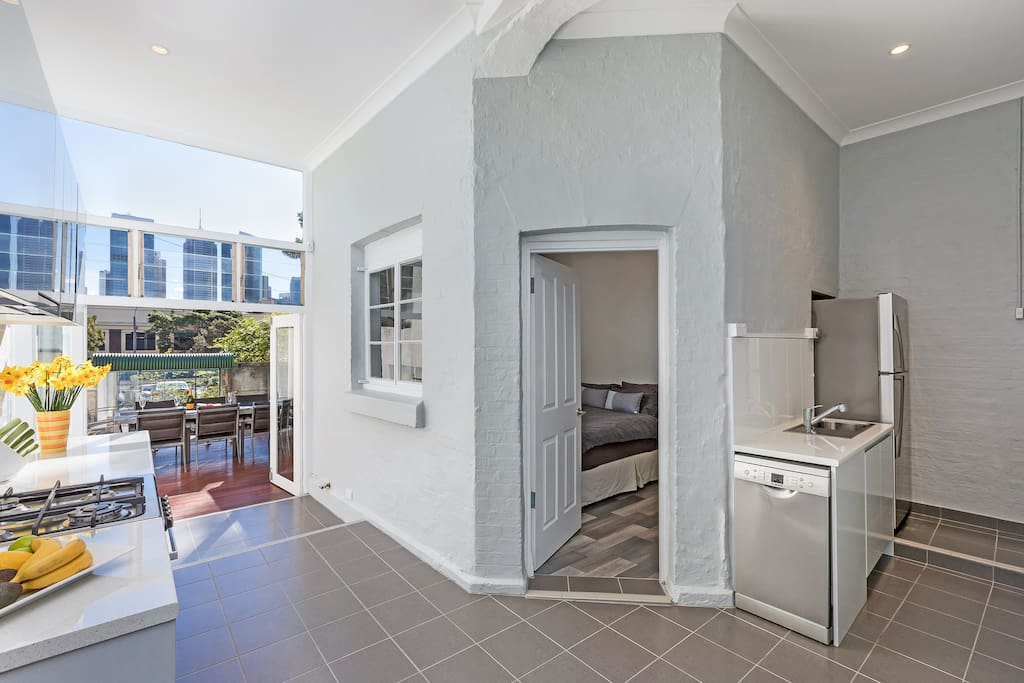 "Enjoy the open plan kitchen with panoramic views of the city skyline. ""A gorgeous home in a great location and Paul's attention to detail and customer service was outstanding. Highly recommend staying here!""- Ali Morton *****"