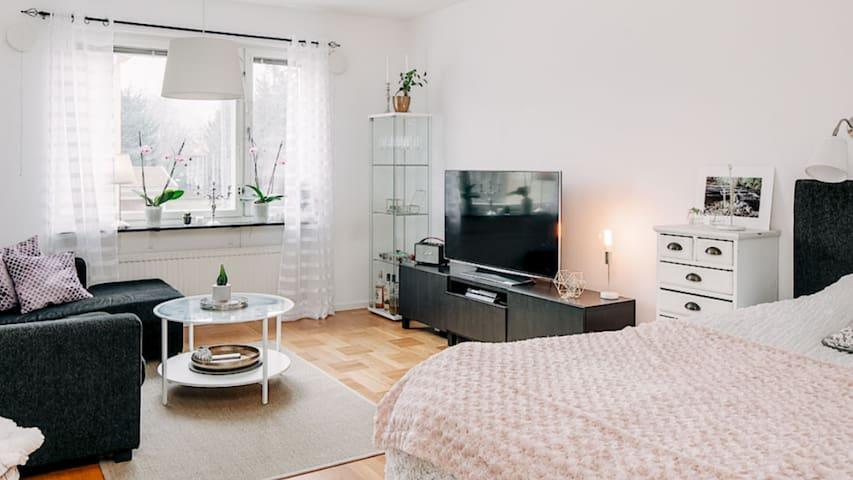 Etta med kök och badrum, 39 kvm - Skövde - Daire