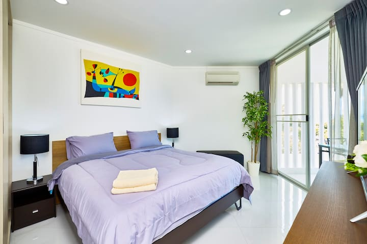 The bedroom 3 with terrace and air conditionner