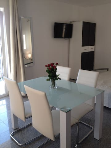 Apartment  Slavica  for  2 Persons - Biograd na Moru - Apartment