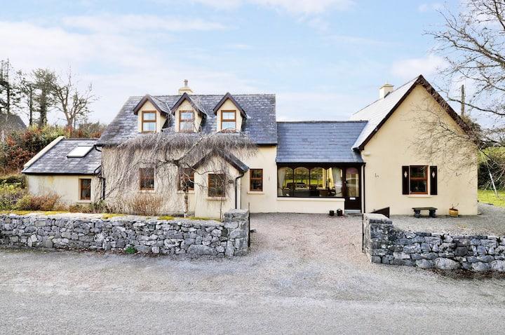 ❤️Cosy cottage, gateway to Connemara