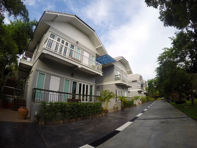 Muaan Resort บ้านสวนม้วนรีสอร์ท