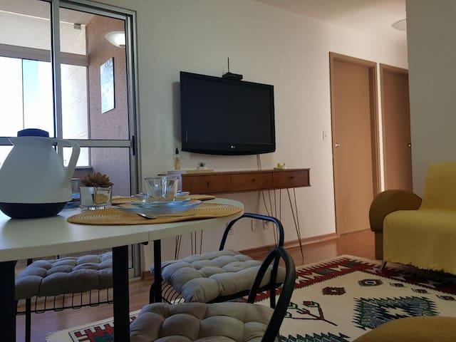 Apartamento novo e aconchegante.