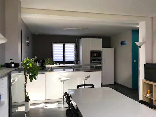 Maison neuve et familiale proche de Toulouse