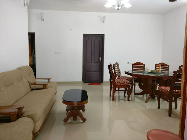 New Kottayam Apartment - Full Privacy, Central