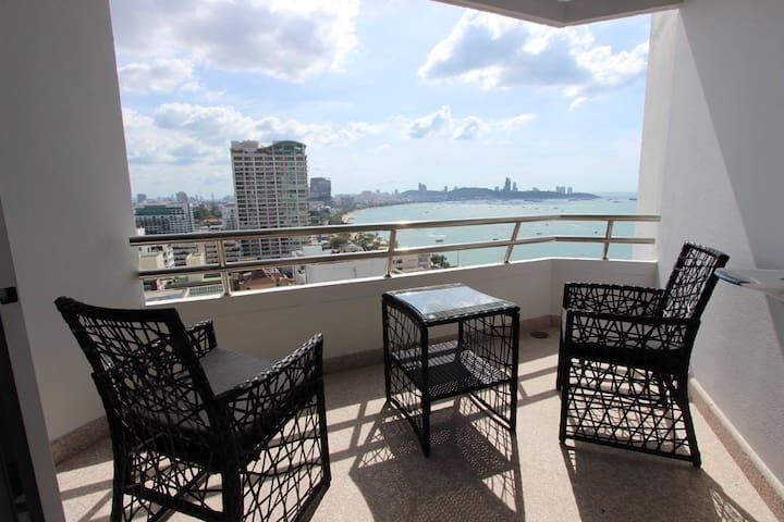 45sqm 15ten floor Markland Condo Beach Road Soi 1