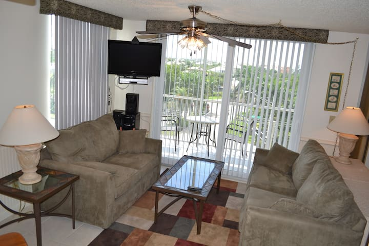 Newly Refurbished Condo  - Bonita Springs - Apartment