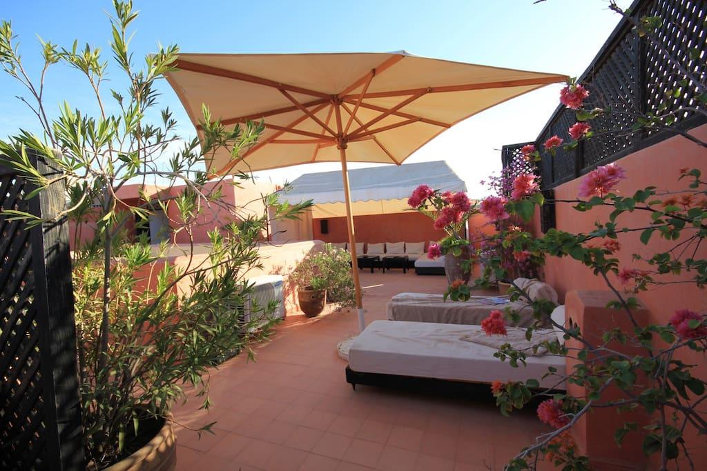 Chambre d 39 h te dans riad de charme coriandre bed and for Chambre d hote marrakech