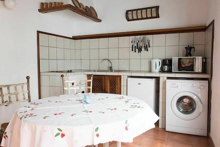 Eclectically designed 3BD  en Arafo - Arafo  - House