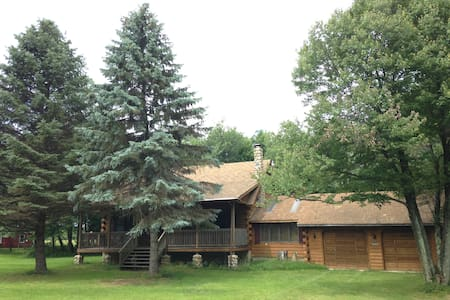 Welcome Home Cabin in Pocono - Albrightsville