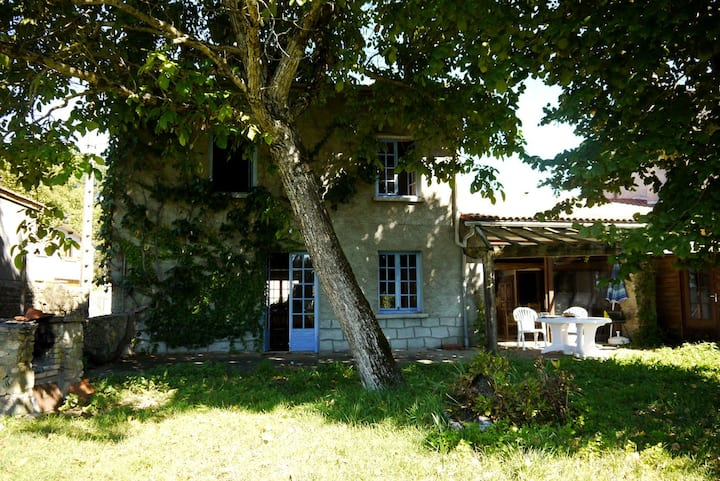 Charming cottage in Auvergne - Mass