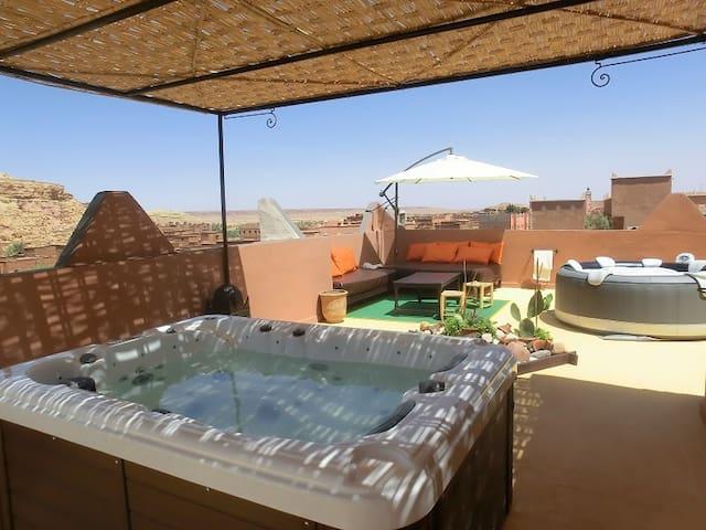 ETOILE FILANTE D OR REPOS GARANTI - Ouarzazate Province - Bed & Breakfast