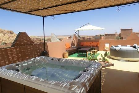 ETOILE FILANTE D OR REPOS GARANTI - Ouarzazate Province - Inap sarapan