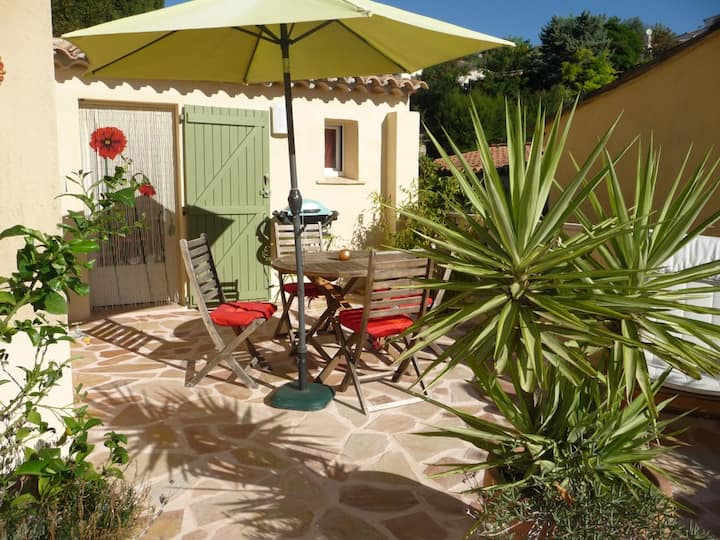 Lovely small house  French Riviera