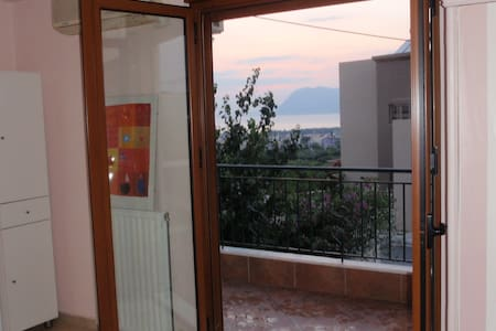 Studio in Patras, great view to sea - Patrai