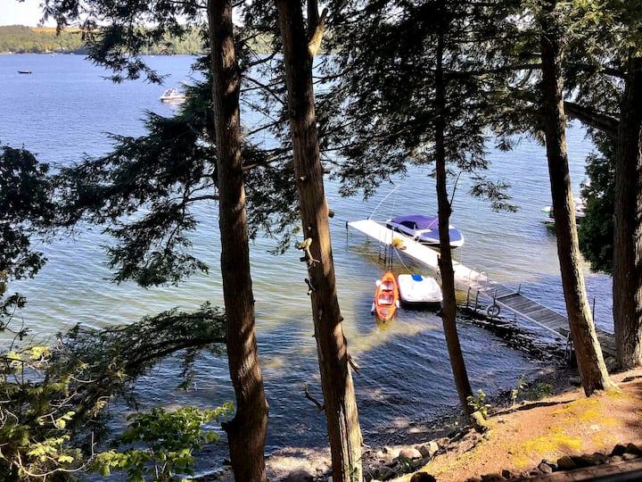 Massawippi Lakefront Getaway