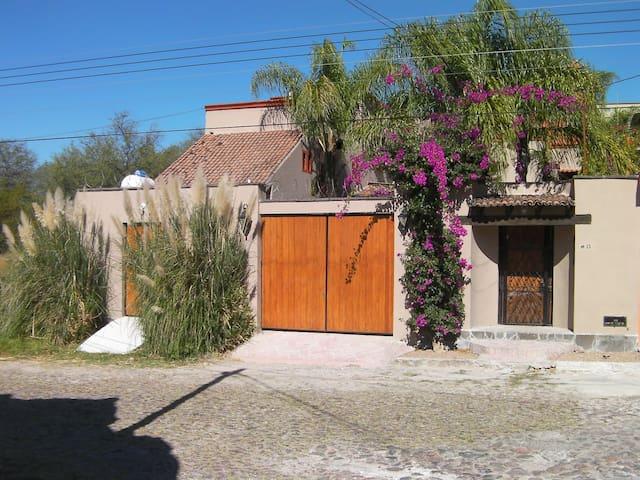 Casita Mision - San Miguel de Allende - Casa de huéspedes