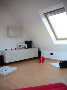 Stylish studio, only 10 km to fair - Pattensen - Aamiaismajoitus