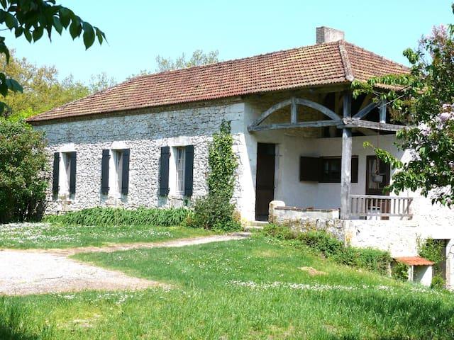 La Petite Massas - Hautefage-la-Tour - Huis