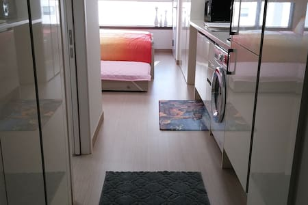 Near KTX Busan Station. DY HOUSE 5. NEW OPEN. - Busan - Huoneisto