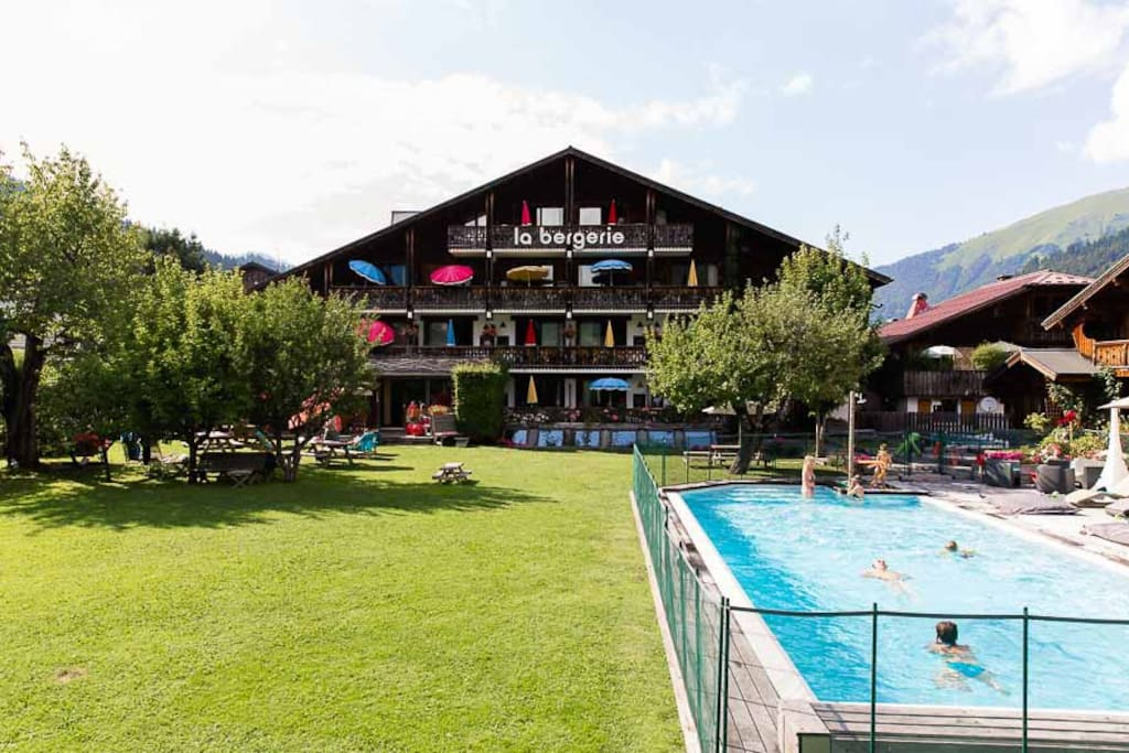 Hotel la bergerie boutique hotels zur miete in for Hotel design rhone alpes