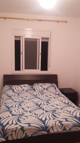 Appartement pour séjour - Ain Chock Hay Hassani - Pis