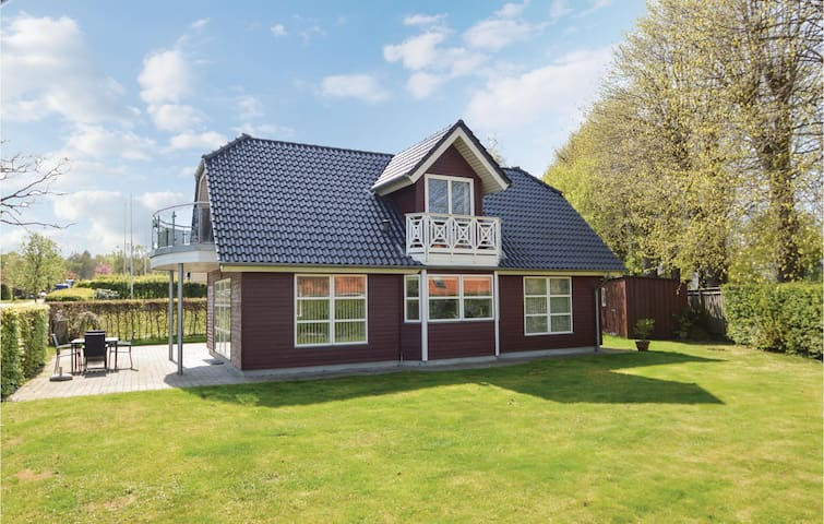 Holiday cottage with 3 bedrooms on 98m² in Haderslev