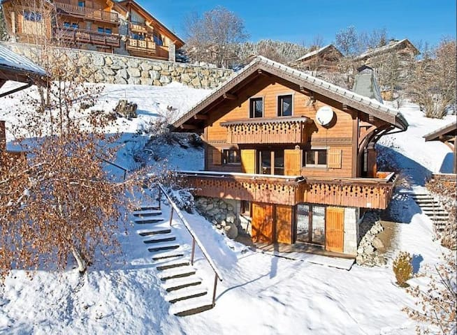 Meribel Ski Chalet with beautiful views - Les Allues - Chalet